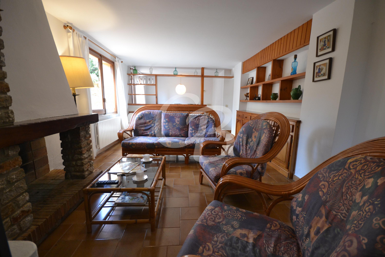 101 APARTAMENTO CENTRICO Y CONFORTABLE DE ALQUILER EN BEGUR Apartamento Centre Begur