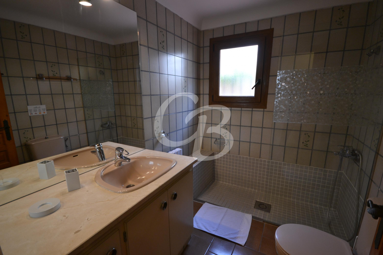 101 APARTAMENTO CENTRICO Y CONFORTABLE DE ALQUILER EN BEGUR Apartament Centre Begur