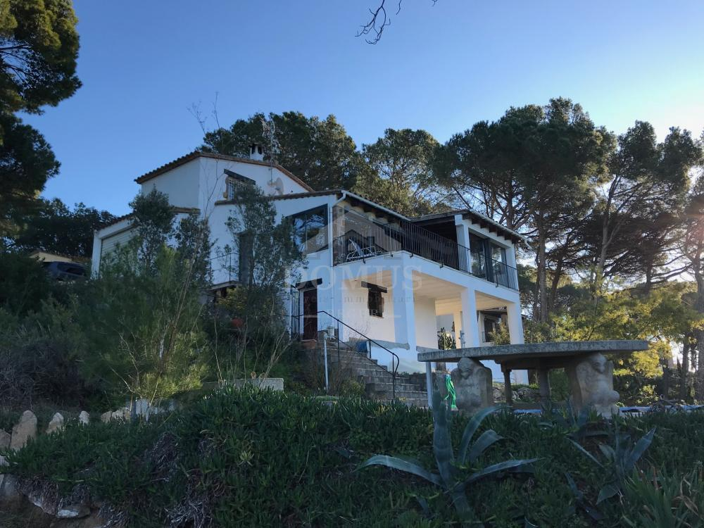 169 CASA BATTAILLE Detached house / Villa Residencial Begur Begur