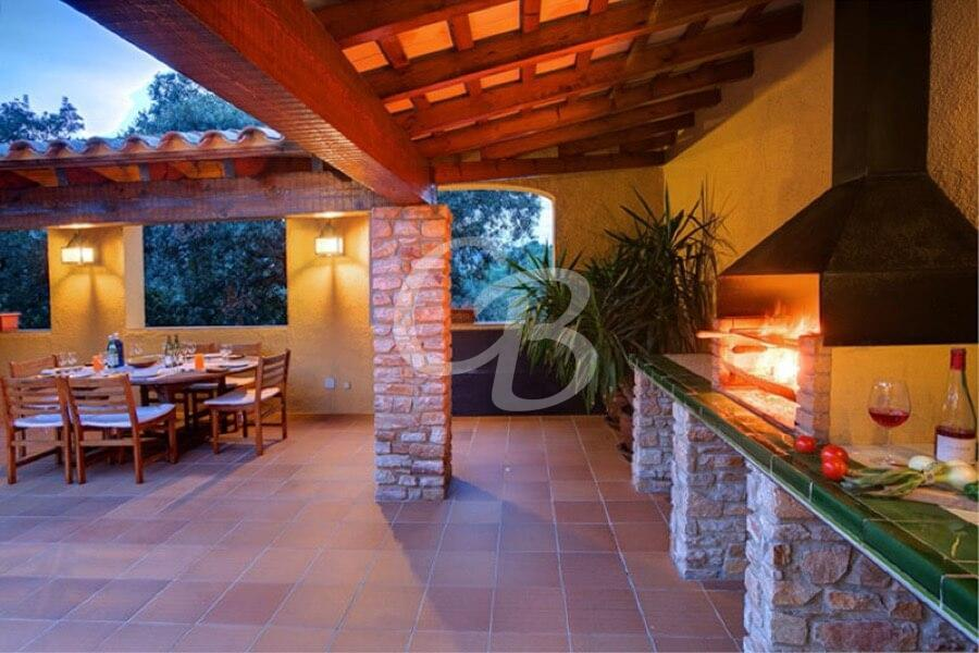 405 House for rent in Sa Riera. Capacity 6 people. Private pool.
