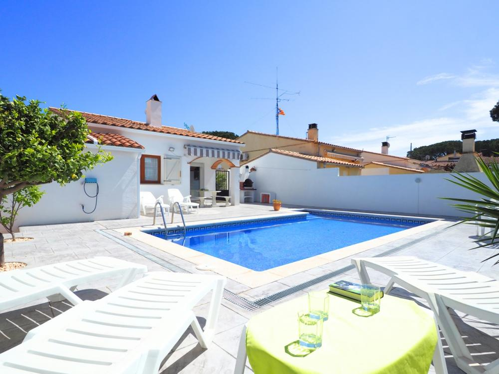 D-45771 DESTINATA Detached house Riells L'Escala