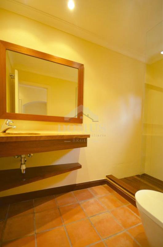 034 Olivera Apartment Centre Begur