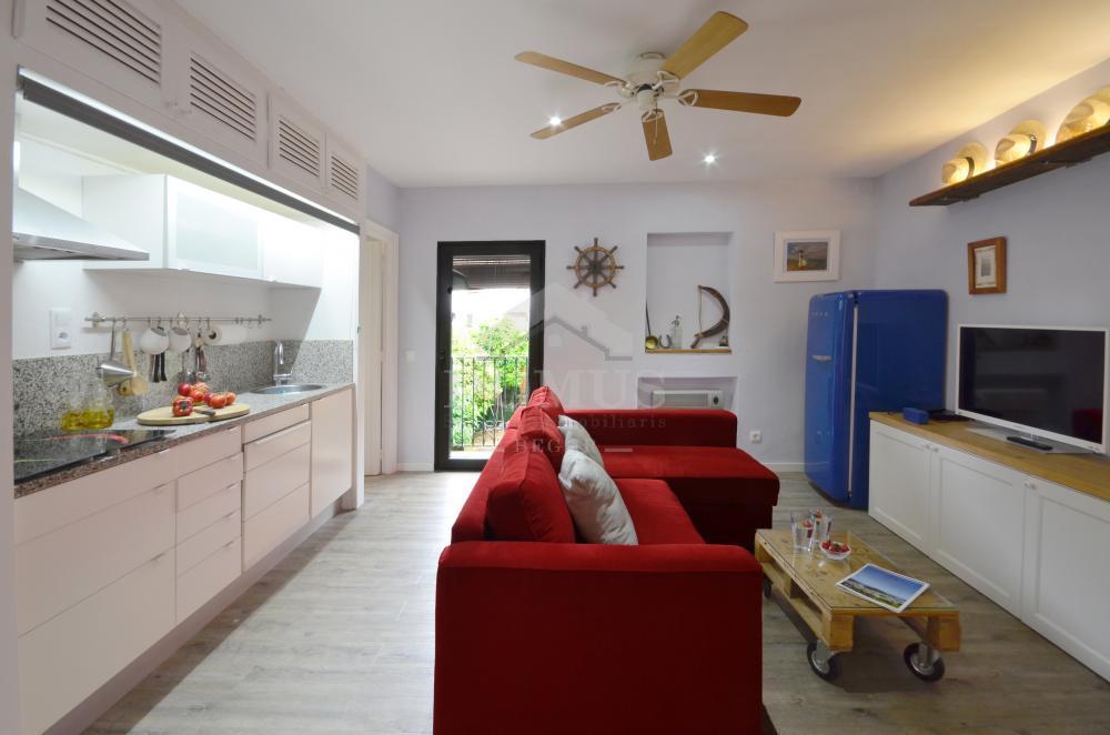 035 CONVENT Apartamento Centre Begur
