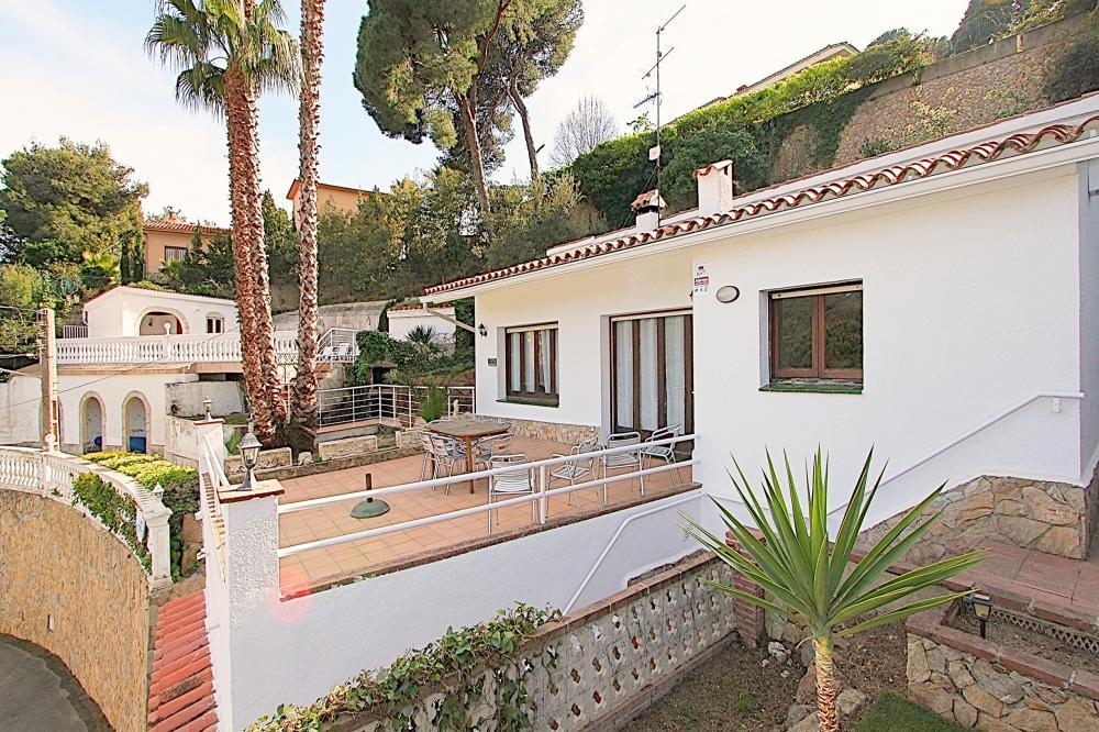 C101 Villa Canyelles Natalie Casa aislada / Villa Canyelles Lloret de Mar